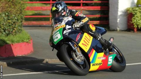 Bruce Anstey topped lightweight practice on his Padgett's Honda on Monday night