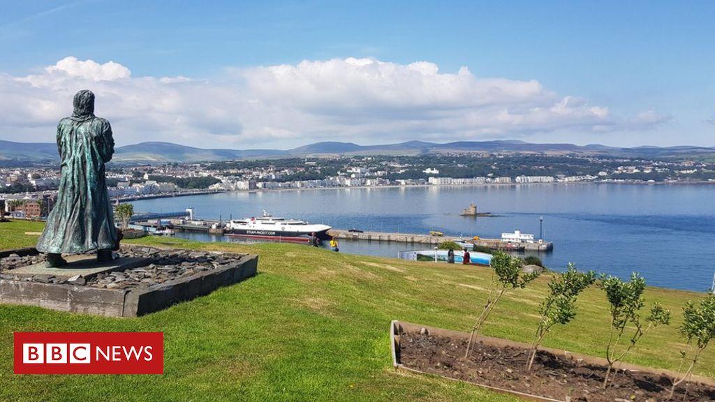 Isle of Man survey reveals two thirds of people 'snub staycation plea' – BBC News – ManninTV